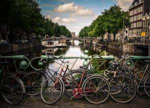hire a bike in amsterdam