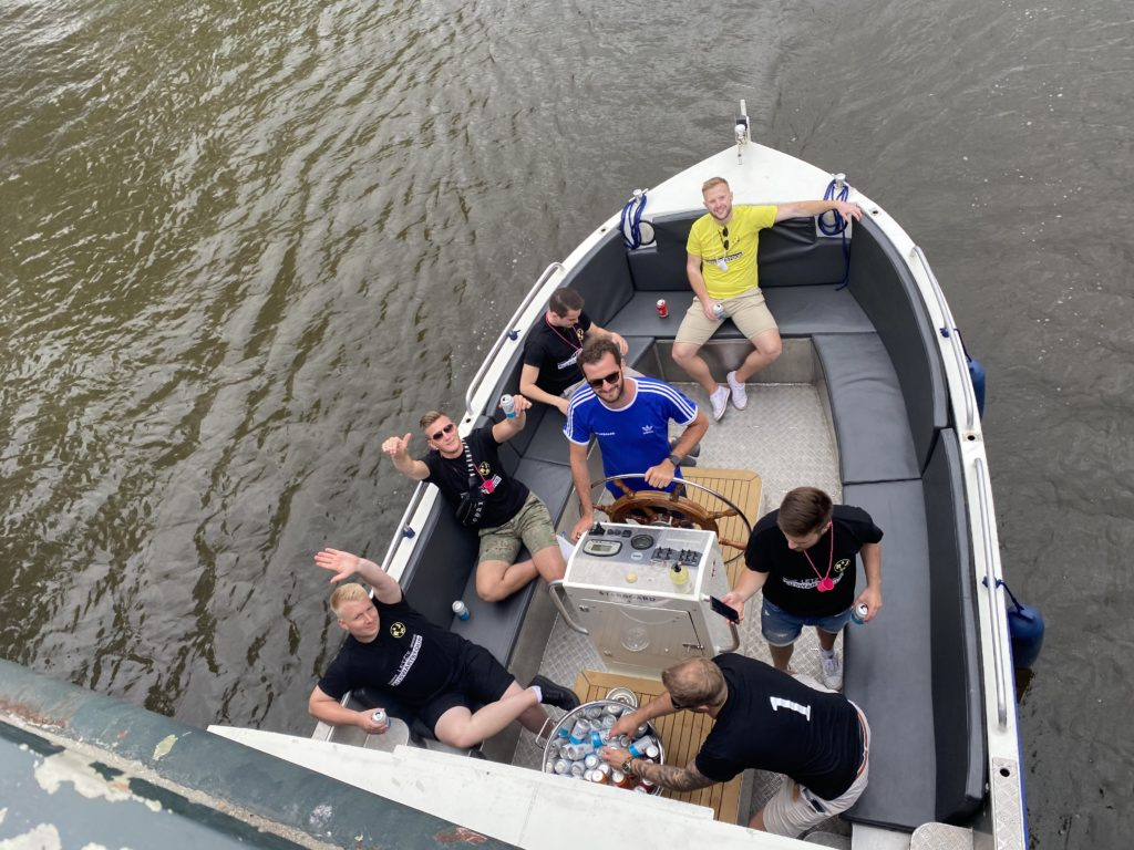 Amsterdam booze cruise